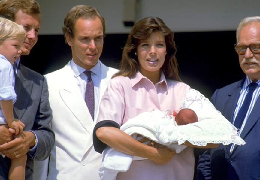 La petite Charlotte née sous le soleil d'août 1986 est au cœur de toutes les attentions