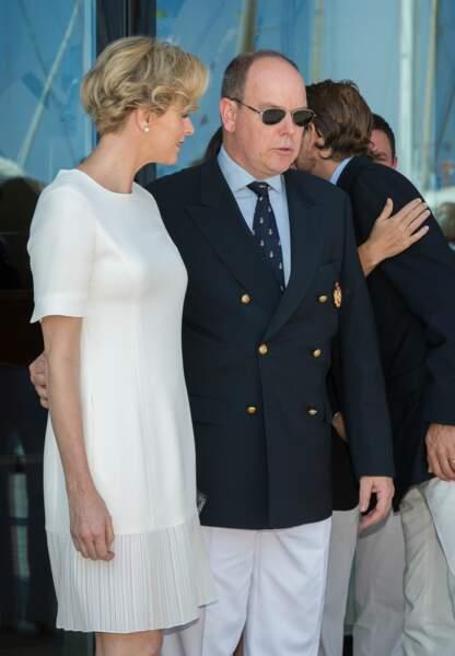 Charlène et Albert de Monaco posent pour les photographes (c) Abaca