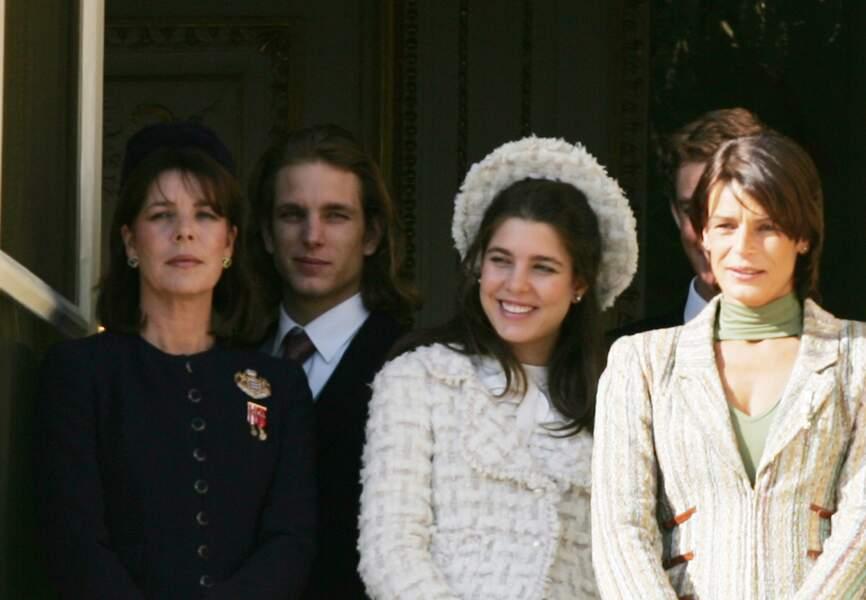 19 novembre 2005 - Charlotte et sa famille lors de la fête nationale de Monaco