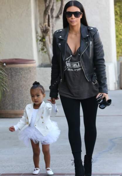 A 2 ans North est la fashion miniature de sa mère, Kim Kardashian