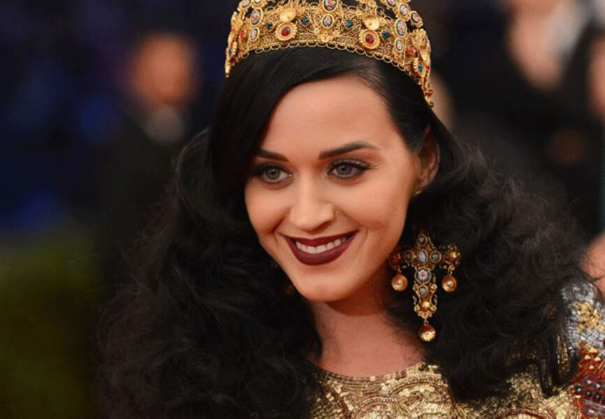 Katy Perry, madone gothique