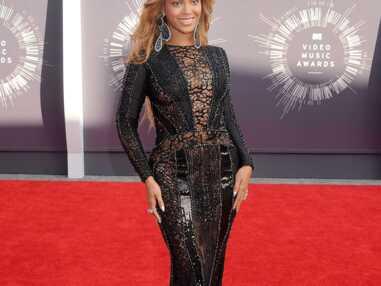 Jennifer Lopez, Gwen Stefani, Beyoncé… sur le tapis rouge des MTV Video Music Awards