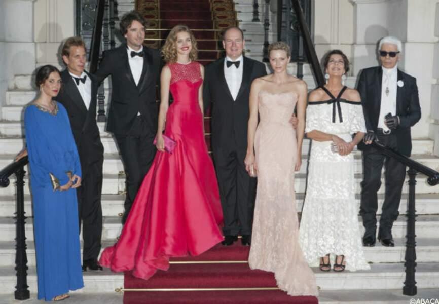 La famille de Monaco est venue soutenir la cause de Natalia Vodianova
