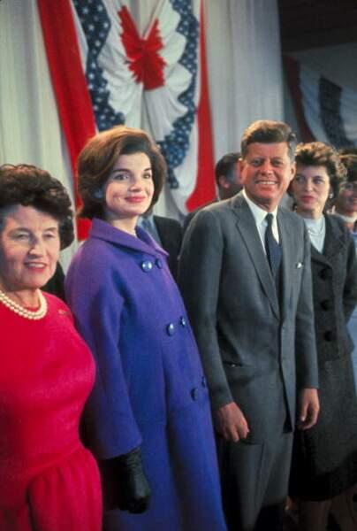 1960, Jackie Kennedy est enceinte de 8 mois aux lendemains des élections présidentielles