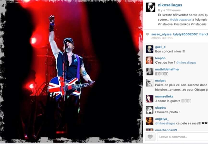 @nikosofficiel, fan de @obispopascal publie une photo de lui en plein show à l'Olympia