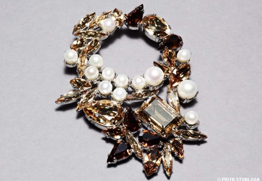 Borche en cristaux de Swarovski et perles, Kormelitz, env. 300 €