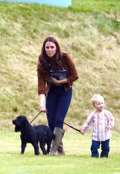 Kate, future mère poule?