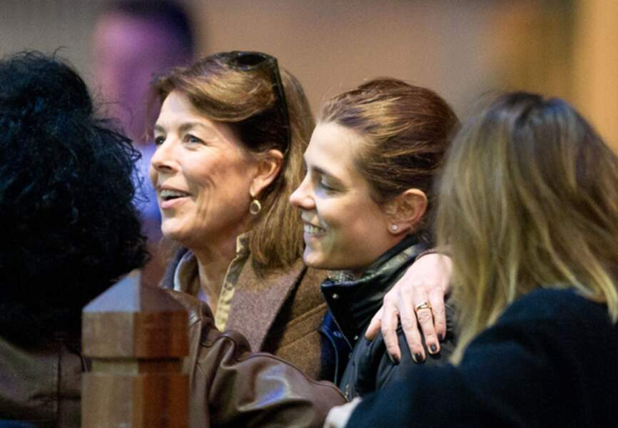 Discussions mère-fille lors des Gucci Masters en décembre 2011