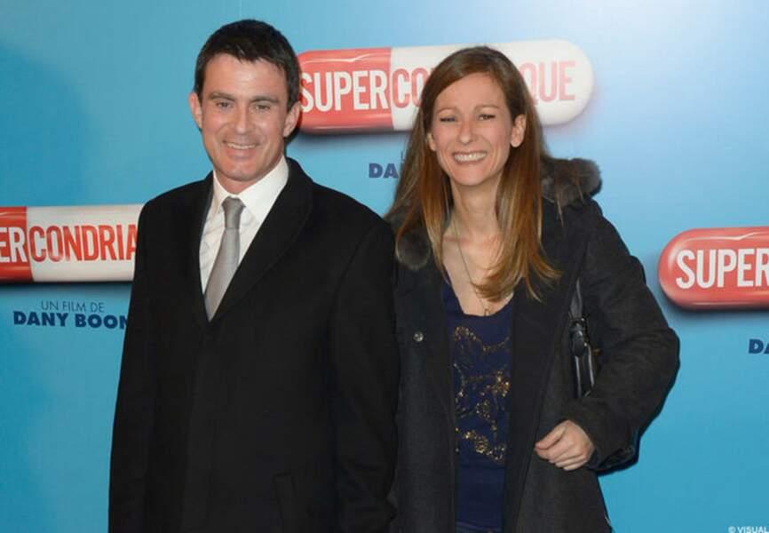 Manuel Valls et Anne Gravoin à l'avant-première du film de Dany Boon Supercondriaque)