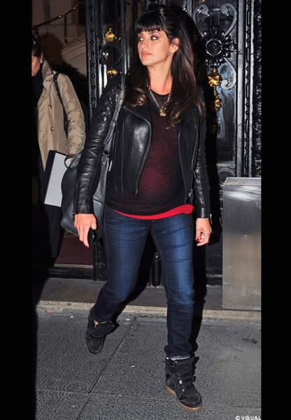 Perfecto, jean et baskets à talon, Penelope Cruz a tout bon
