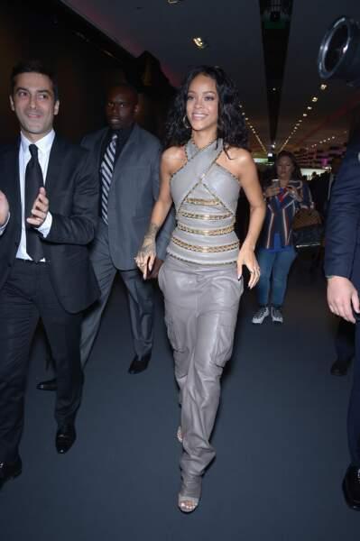 Rihanna, militaire chic en Balmain