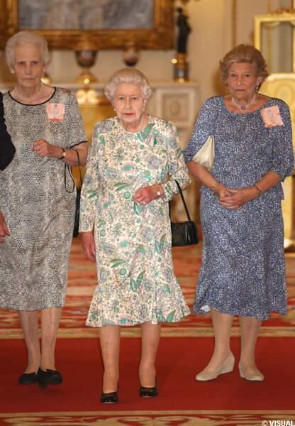 Elizabeth II reçoit à Buckingham Palace