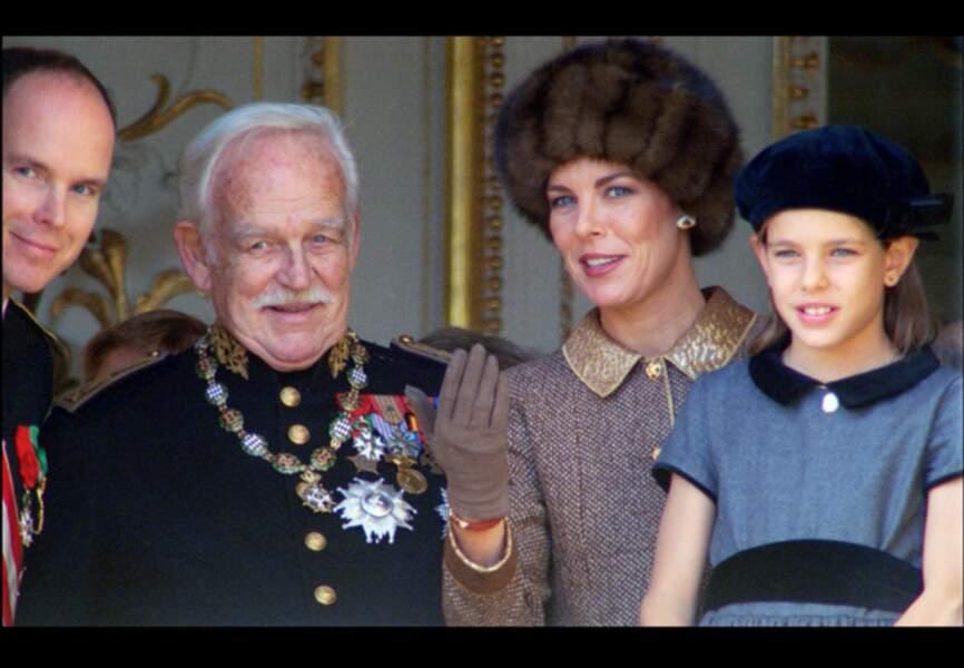 Albert de Monaco, Rainier III, Caroline et l'adorable Charlotte en 1996