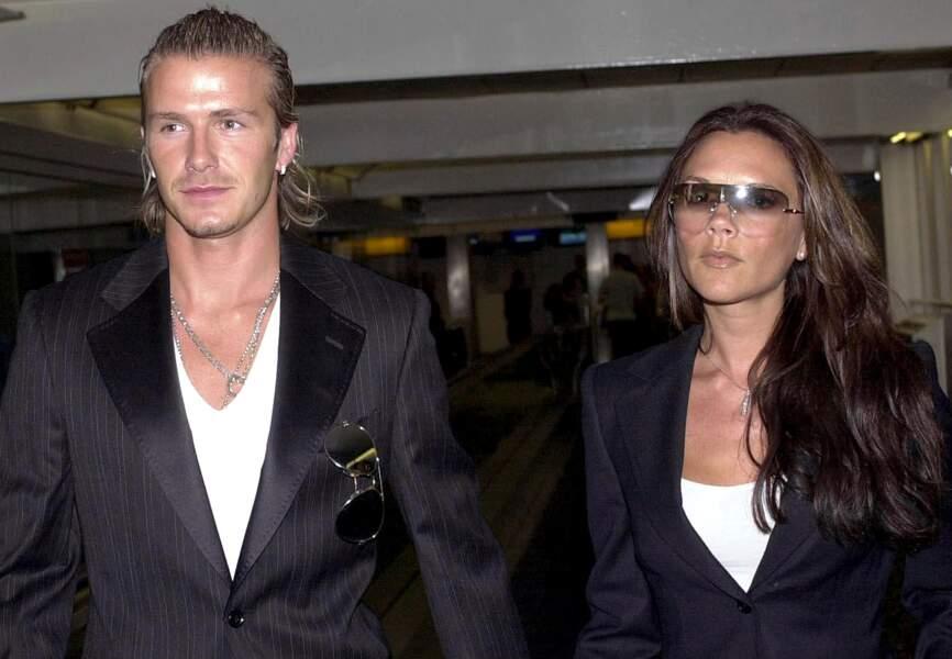 Le couple bling en tuxedo s'affiche toujours unit (2003)