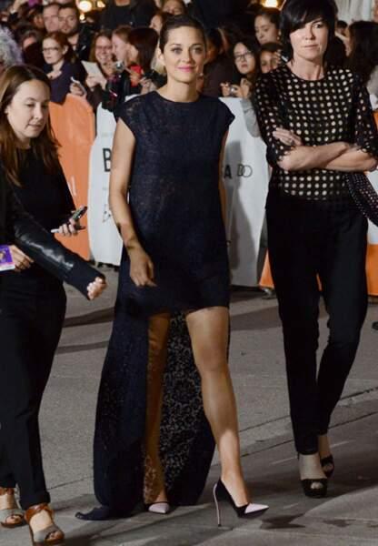 Marion Cotillard en total look Dior