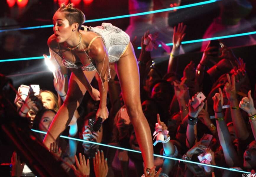 Miley Cyrus sait faire plaisir à ses fans