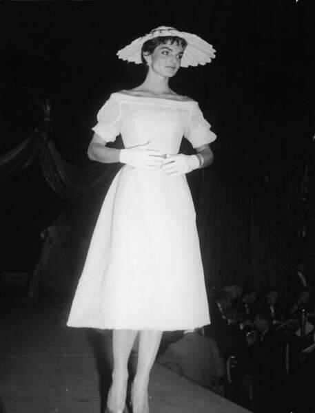 Jackie Kennedy, lorsqu'elle était mannequin en 1954