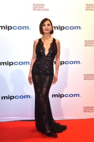 Catherine Zeta-Jones sublime en robe noire