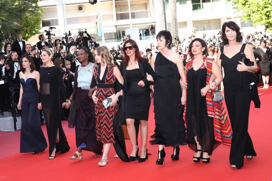 Vanessa Filho, Marion Cotillard, Déborah François et Zabou Breitman montent les marches de Cannes, le 12 mai 2018