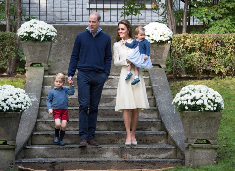 William, Kate, George et Charlotte lors d'une fête à la Maison du Gouvernement, le 29 septembre 2016 à Victoria