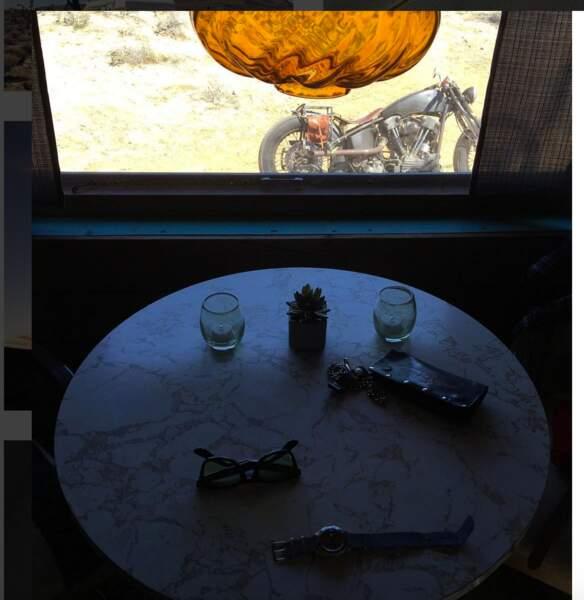 David Beckham, sa moto, et l'intérieur de sa caravane
