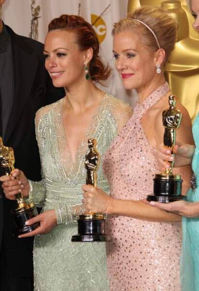 Autre option de la tresse couronne, celle de Berenice Bejo aux Oscar. Sobre mais idéal pour dégager le visage.