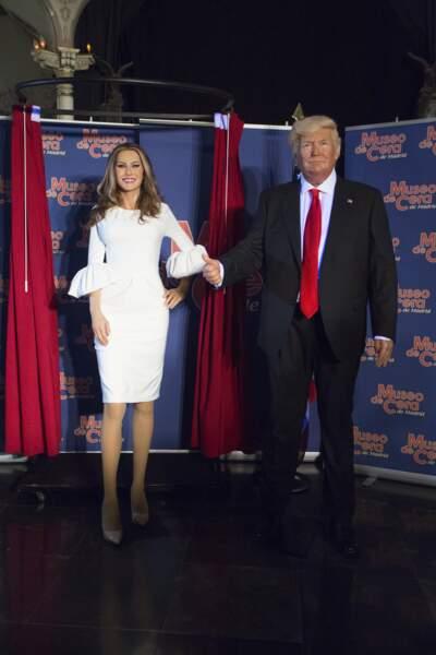 Le couple Trump plutôt mal fait : les cheveux de Melania sont trop clairs et son visage mal fait