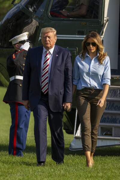 Melania Trump et Donald Trump reviennent à la Maison Blanche après un week end au Trump National Golf Club.