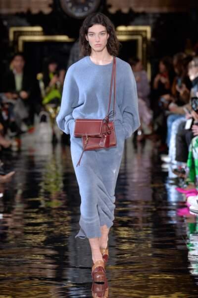 Stella McCartneu compense le talon pour une collection confortable et élégante.