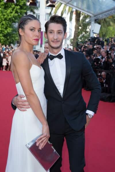 Pierre Niney et Natasha Andrews sur le tapis rouge du Festival de Cannes en 2014