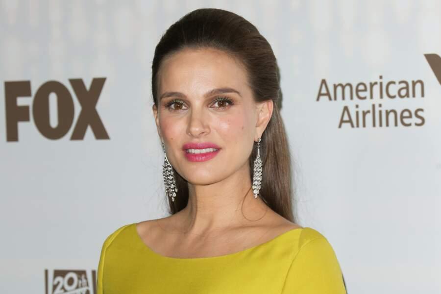 Avec cette demie queue glamour Natalie Portman assoit son statut d'icône
