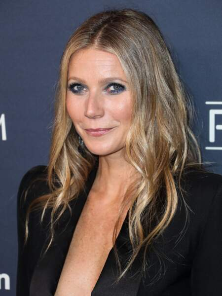 La coupe longue blonde de Gwyneth Paltrow.