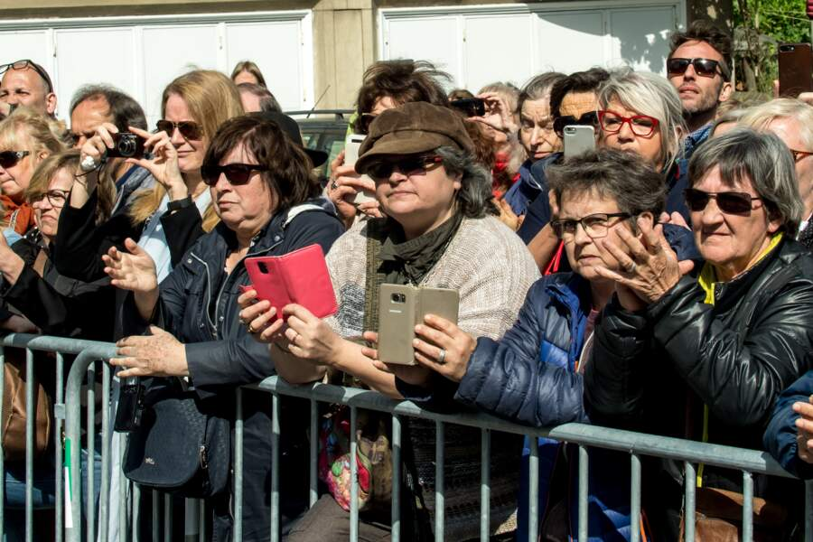 Les fans aux obsèques de Maurane