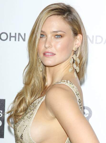 Le make up cuivré de Bar Refaeli