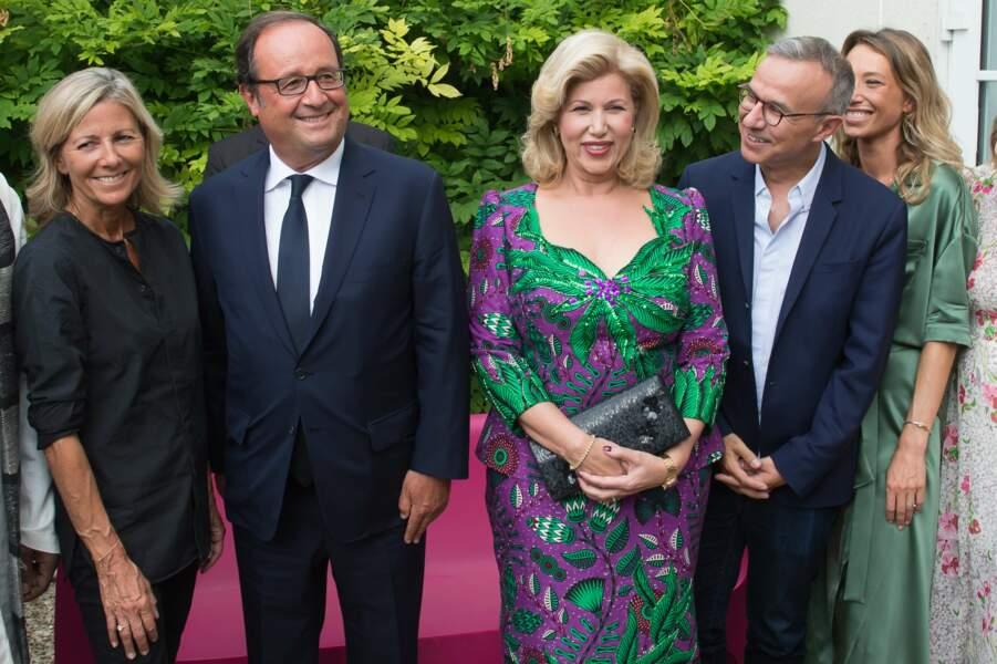 Francois Hollande entouré de Claire Chazal, Dominique Ouattarta et Philippe Besson