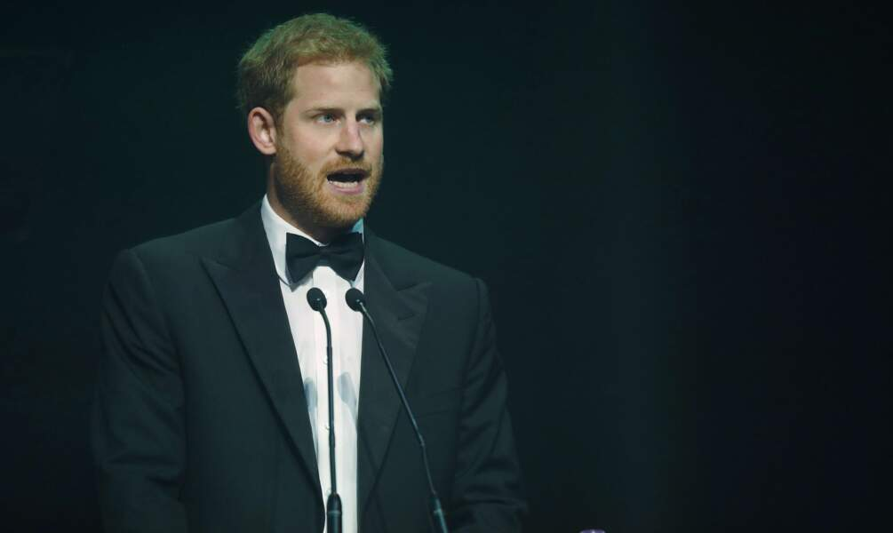 Le prince Harry, jeudi 12 octobre, lors des Attitude Awards à Londres.