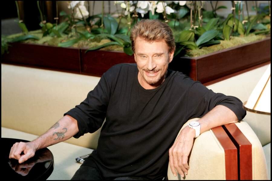 Johnny Hallyday et son tatouage scorpion, le signe astrologique de sa fille Laura Smet