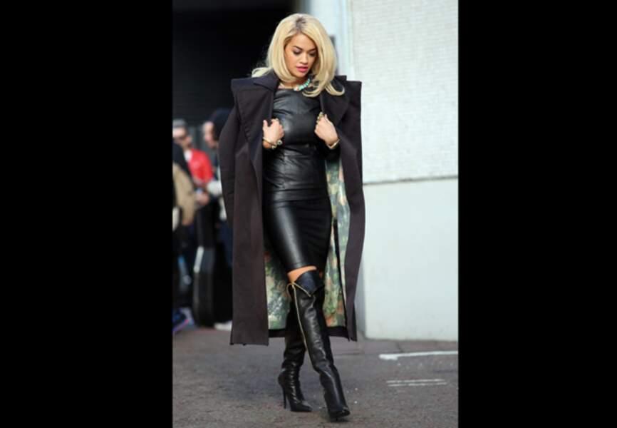 Rita Ora, 100% cuir