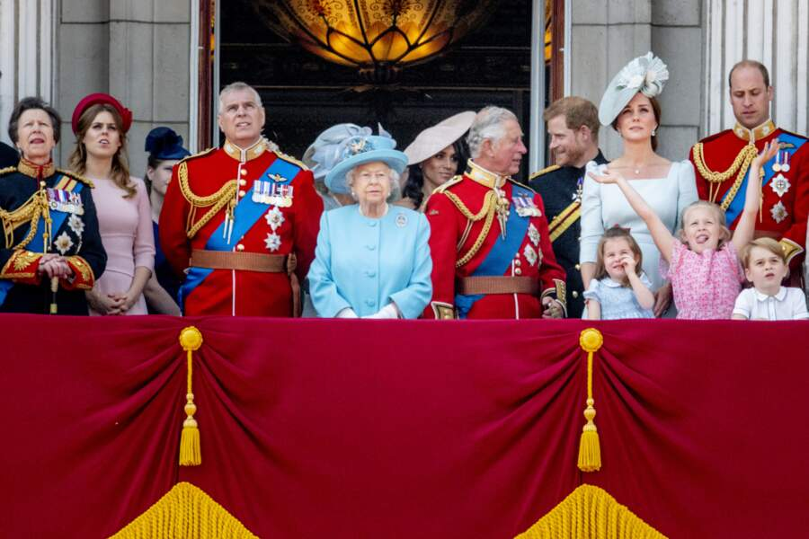 "La famille royale assiste au ""Trooping the Colour"" célébrant l'anniversaire officiel du souverain"