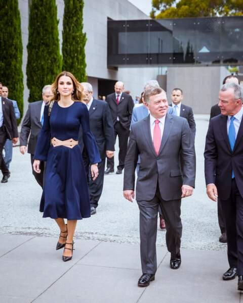 La reine Rania de Jordanie en visite à Canberra en Australie, le 22 novembre 2016