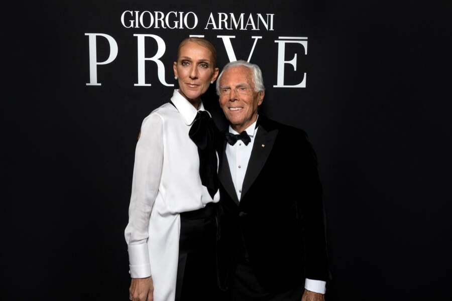 Céline Dion très élégante dans un look sobre bicolore avec Giorgio Armani