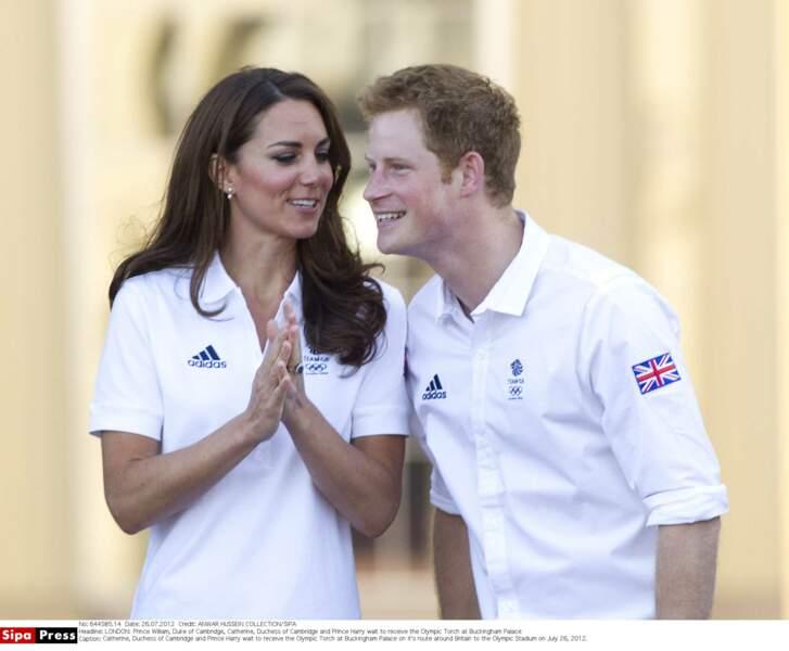 Tendresse et complicité entre le prince Harry et sa belle-soeur