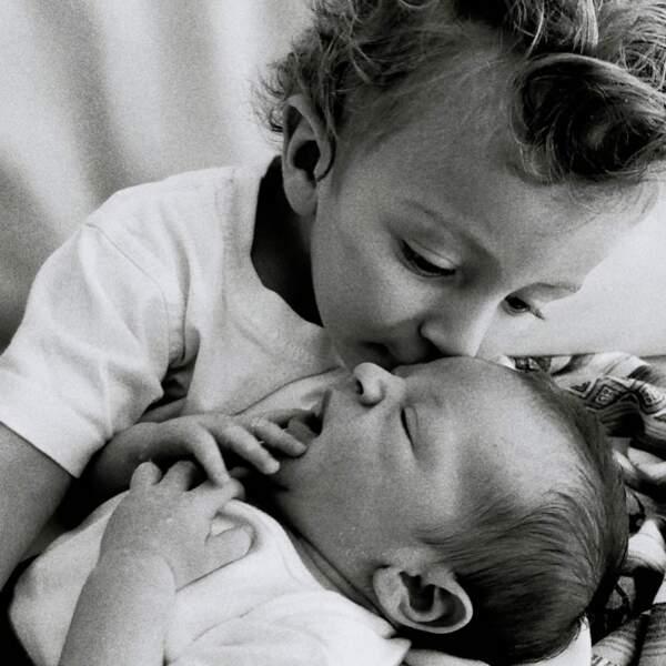 Anacan, le fils de Candice Swanepoel né en 2016, et son petit frère Ariel