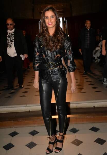 L'ex-Miss France qui fêtera ses 30 ans en juillet prochain, aurait pu allègrement défiler aux côtés des mannequins.