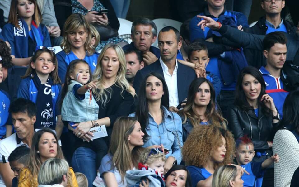 Sandra et Maona Evra lors du match France - Suisse de l'Euro 2016