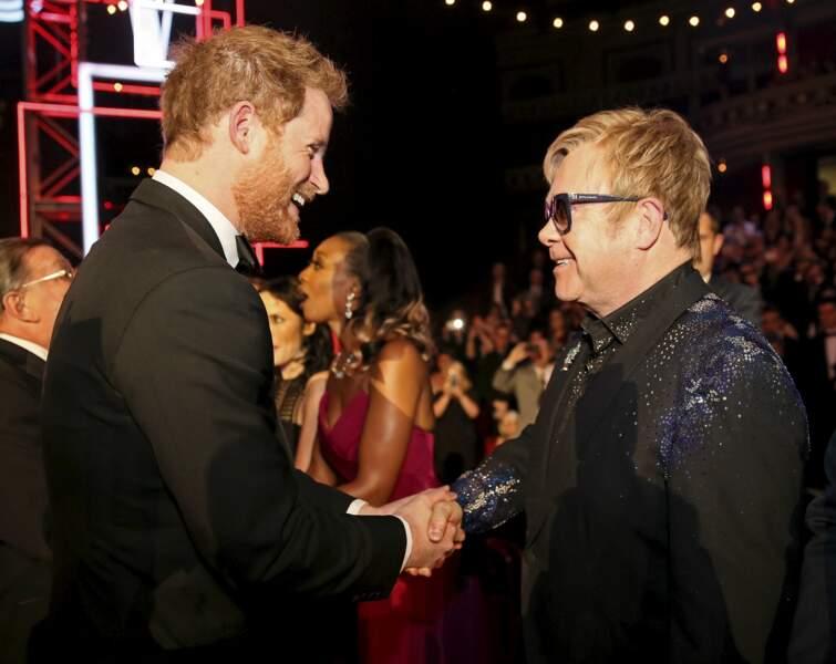 Le chanteur Elton John et le prince Harry