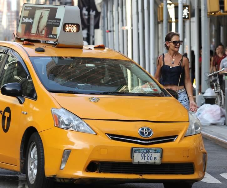 Katie Holmes en look bohème dans les rues de New York le 20 juillet 2019