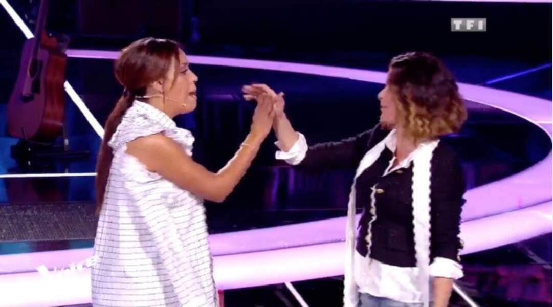Avec Amel Bent, Jenifer partage un moment d'amitié sur le plateau de The Voice Kids, ultra stylée !