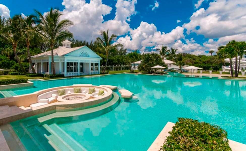 La sublime piscine de Céline Dion