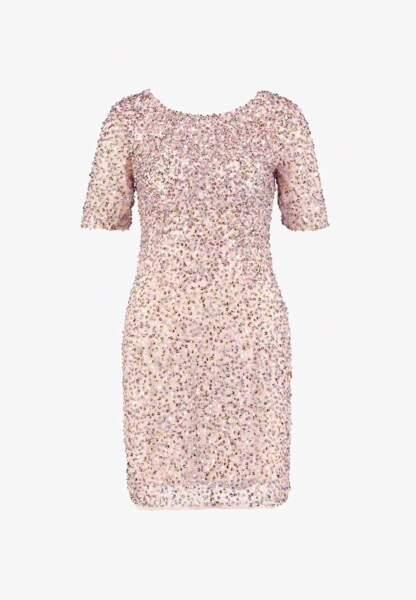Robe rose à paillettes, 104,95 €, Lace & Beads sur Zalando.fr.